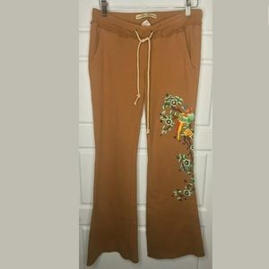 Miss Me embroidered sweat pants